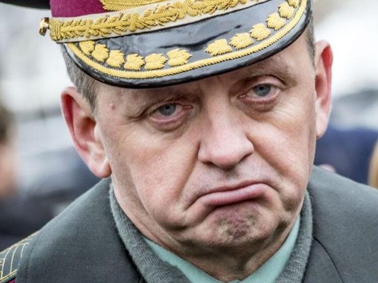 Муженко воює проти України – «злив» фото офіцерів управлінь Спецоперацій
