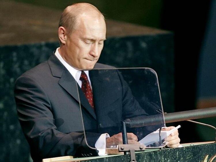 Президент летить на три букви – вірш Орлуши про Путіна