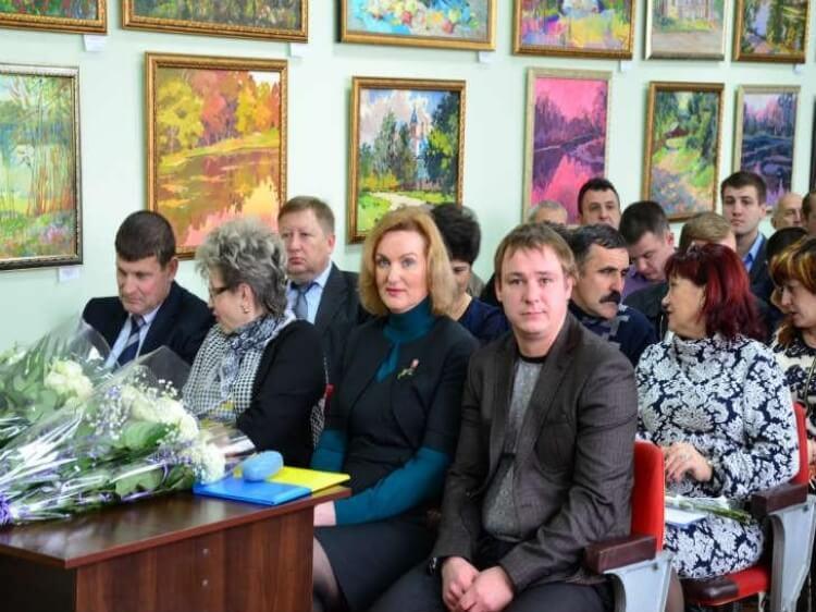 Антидержавна політика. Чугуївська міська рада відмовилася від гімну України на сесіях.