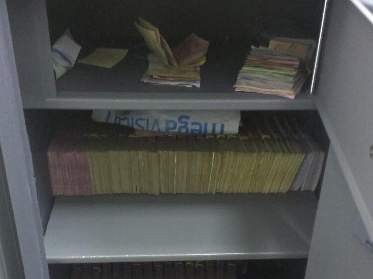 Міліція чи поліція – але без хабарів не можуть. У Маріуполі поліцейські вимагали 200 тис грн. хабара