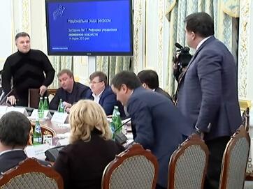 Шок! Аваков і Саакашвілі влаштували брудну сварку, з'ясовуючи, хто з них корупціонер і мільйонер. У хід пішли лайка та навіть обливання водою.