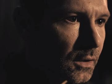 """""""Мить"""". Нова робота """"Океан Ельзи"""" та Вакарчука. Пісня про втрати і про те, що ніколи неможна втрачати надію."""