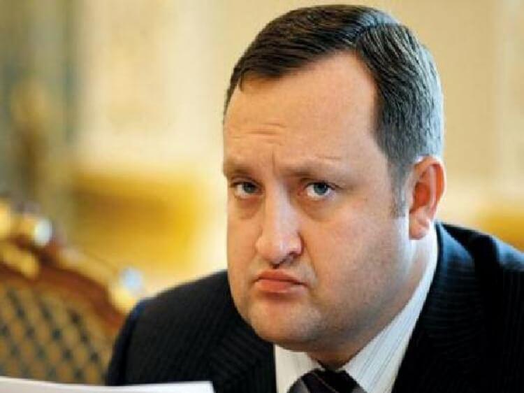 Україна винна втікачу та розкрадачу Арбузову більше 1 млрд доларів