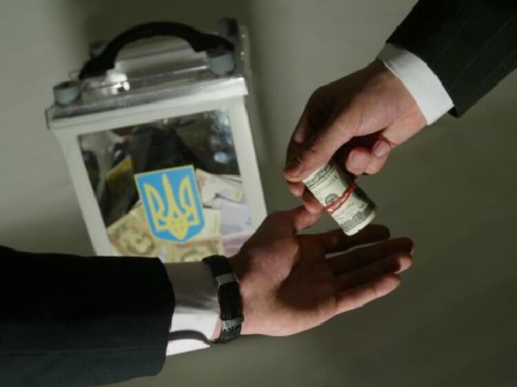 У Миколаєві затримали голову ДВК – підозрюють хабарництво